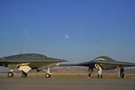 Photo of AV-1 + AV-2 on flight line   (thumbnail)