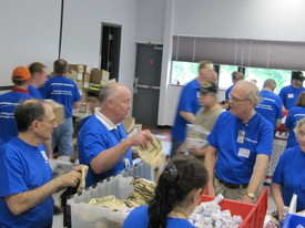 USO Stuffing Party (a) (thumbnail)