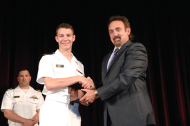 2014 Elmer A. Sperry Junior Navigator of the Year Award (thumbnail)